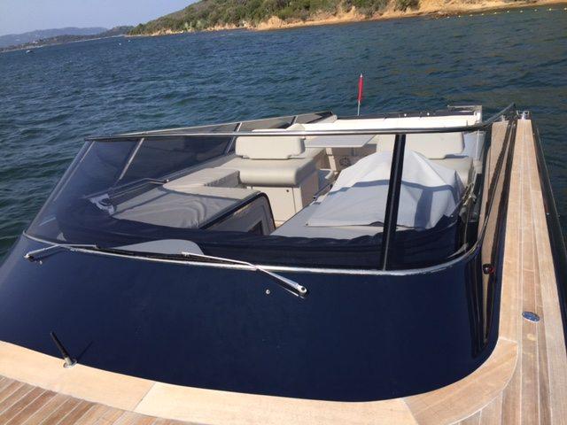 Itama, location bateau haut de gamme a Porto-Vecchio